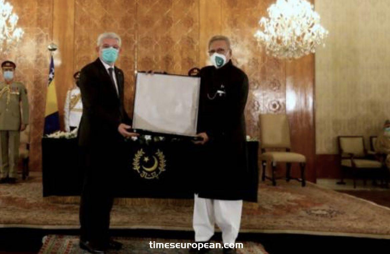 巴基斯坦總統授予扎菲羅維奇最高國家裝飾獎